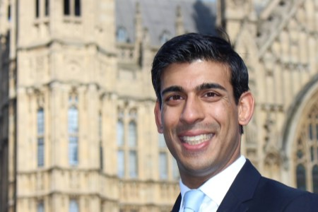 Lords committee urges Sunak to reform social care funding