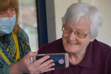 Enriching care homes residents' lives through mobile connectivity​